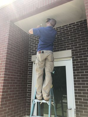 Repairing Lights in Hickory, NC (1)