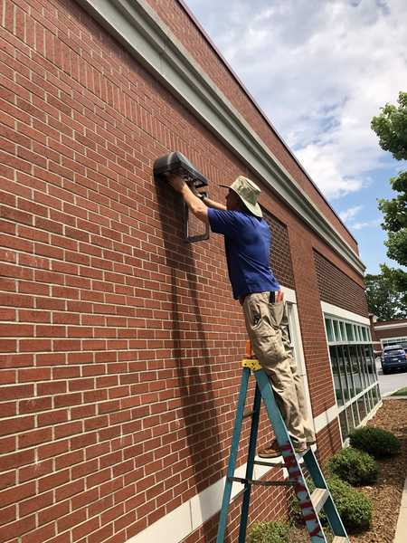 Repairing Lights in Hickory, NC (3)